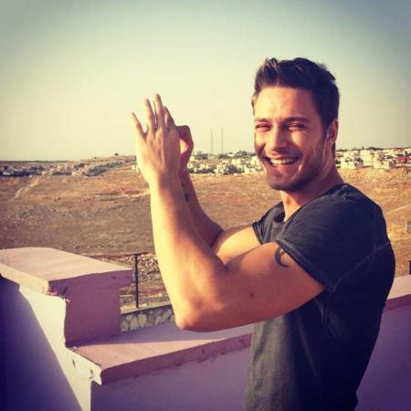 image, تصاویر و زندگینامه خوشتیپ ترین هنرپیشه مرد ترک