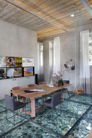 image, مدرن ترین طراحی کف خانه با شیشه و آینه های شکسته