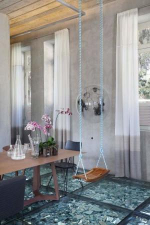 image مدرن ترین طراحی کف خانه با شیشه و آینه های شکسته