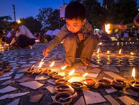 image, تصویری زیبا از جشنواره نور میانمار یانگون