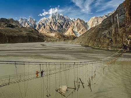 image, عکس خطرناک ترین پل طنابی جهان در منطقه هونزا پاکستان