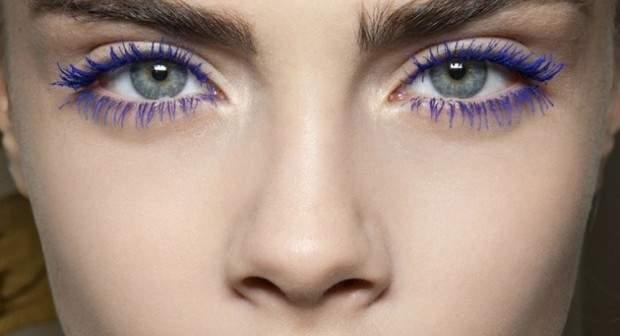 عکس, چطور از ریمل های رنگی برای چشم استفاده کنم