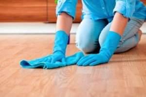 image بهترین ترفندهای شستن کفپوش و سرامیک کف خانه