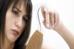 image رژیم های غذایی که باعث ریختن موی سر میشوند