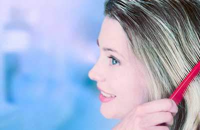 image, راهکارهای مفید برای بهتر رنگ کردن موهای سفید سر در خانم ها
