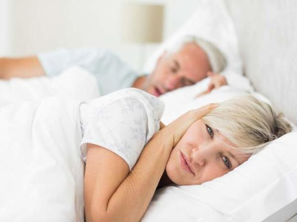 image, روش های تضمینی برای کاهش صدای خر و پف همسران