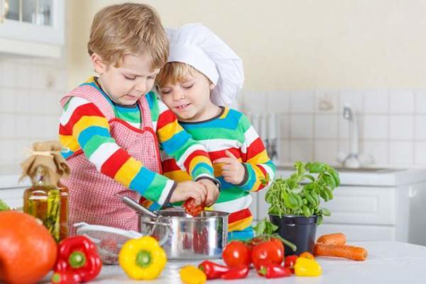 image چکار کنم فرزندم به خوردن غذاهای سالم عادت کند