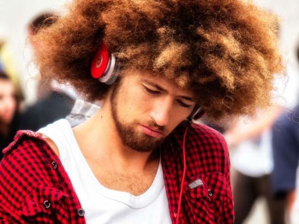 image آیا موزیک گوش دادن هنگام انجام کار بد است یا خوب