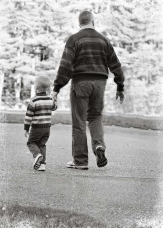 image, داستان کوتاه آموزنده احترام به پدرهای پیر