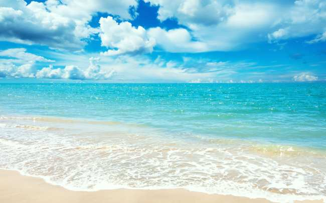 image متن زیبای قضاوت دیگران را از ذهن پاک کن مثل دریا