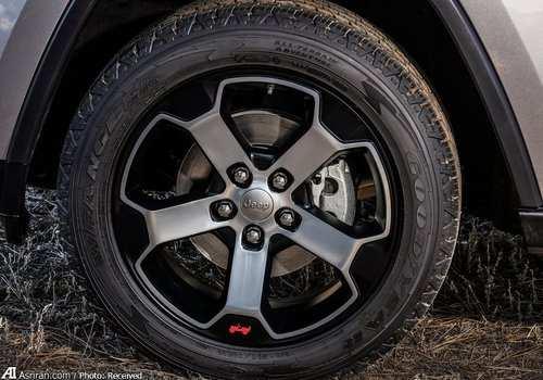 image تصاویر جیپ Grand Cherokee مدل  ساخت آمریکا