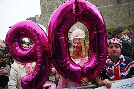image عکسی زیبا از جشن تولد نود سالگی ملکه بریتانیا
