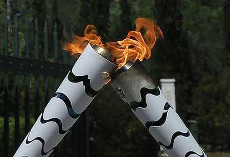 image لحظه انتقال مشعل بازی های المپیک  ریو از یونان به برزیل