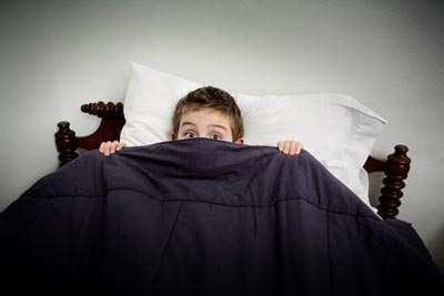image وقتی بچه ها از تاریکی می ترسند باید چه کرد