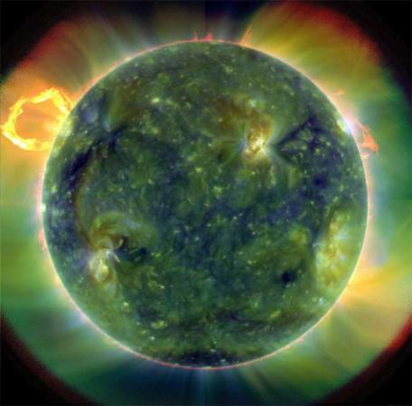 image عکسی دیدنی از سطح خورشید منتشر شده توسط ناسا