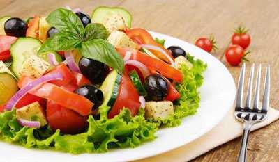 image چکار کنیم سبزیجات سالاد و غذا خوشمزه تر شوند