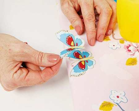 image آموزش عکس به عکس ساخت کاردستی جا لباسی