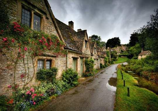 image عکس و اسم زیباترین و رویایی ترین روستاهای جهان
