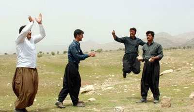 image معرفی زیباترین بازی های محلی استان آذربایجان غربی