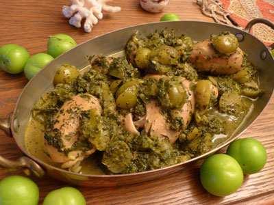 image طرز تهیه خورش ترش مرغ با گوجه سبز