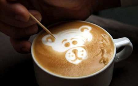 image ایده طراحی پلنگ صورتی روی قهوه