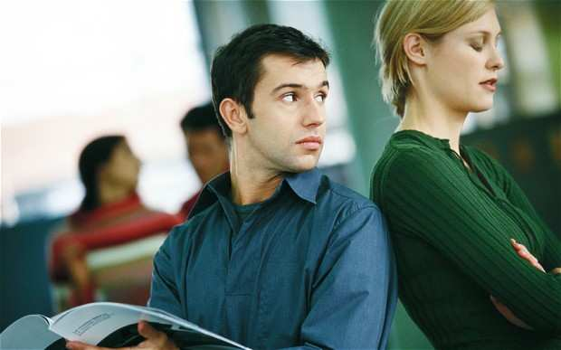 image, چه کنم تا شوهرم اینقدر به زن های دیگر نگاه نکند