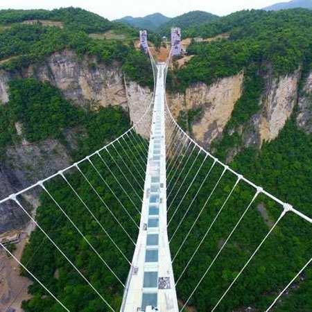 image, تصویر بلندترین و طولانی ترین پل شیشه ای جهان چین