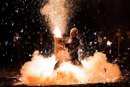 image تصاویر زیبای جشنواره آتش بازی شهر تویوهاشی ژاپن