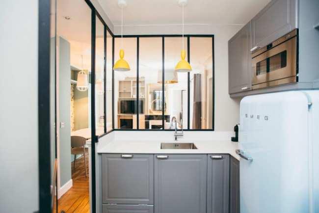image, ایده جالب بستن اپن آشپزخانه با پنجره شیشه ای با عکس