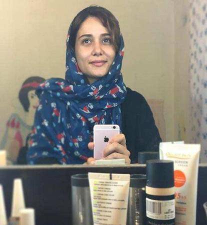 image عکس بدون گریم و آرایش هنرمند محبوب پریناز ایزدیار