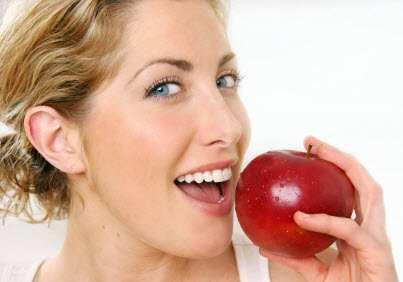 image راز داشتن دندان هایی سفید و براق در این مقاله است