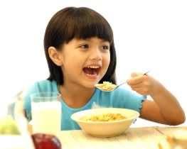 image چه نوع خوراکی و تغذیه برای بچه مدرسه ای ها مناسب است