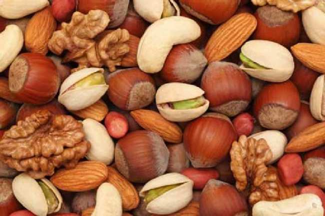 image خوراکی هایی که خوردن آنها در طول روز شما را چاق میکند