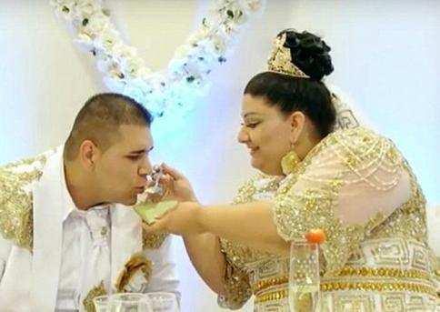 image عکس های دیدنی عروس خانمی با لباس عروس شش صد میلیونی