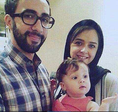 image عکسی زیبا از ترانه علیدوستی در کنار همسر و فرزندش