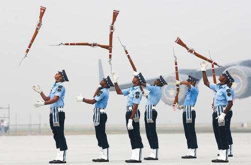 عکس, گارد تشریفات نیروی هوایی در مراسم سالروز نیروی هوایی هند