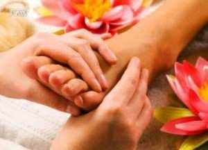 image, چطور به پوست پا برسیم تا شاداب و نرم شود
