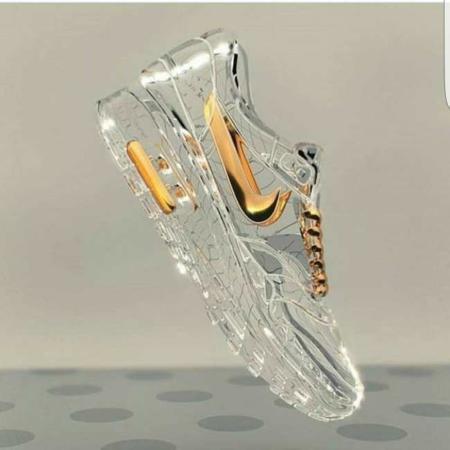 image, تصویری زیبا از کفش کتانی شیشه ای