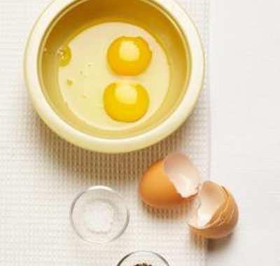 image, آیا می توان تخم مرغ را خام خورد و خاصیت های آن