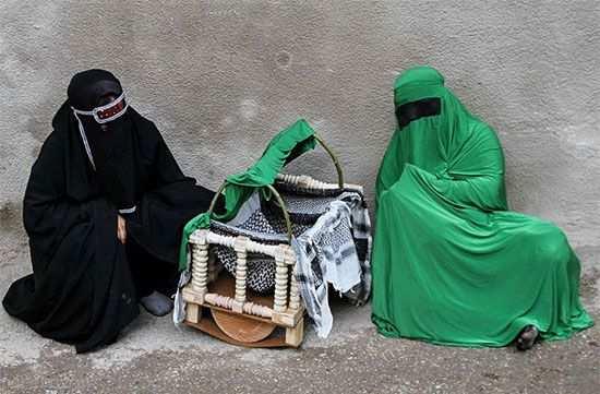 عکس, مقاله ای جامع درباره آداب و رسوم عزاداری محرم شهرهای ایران