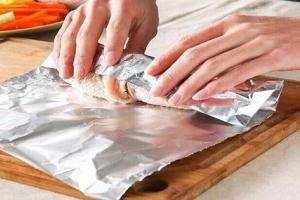 image چرا نباید از فویل های آلومینیومی برای نگهداری غذا استفاده کرد