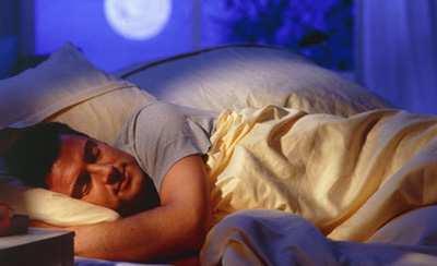 image چه غذاهایی باعث می شوند شب ها خوب و آرام نخوابیم