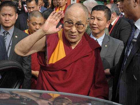 image عکس دیدنی دالایی لاما رهبر در تبعید بوداییان تبت در ایتالیا