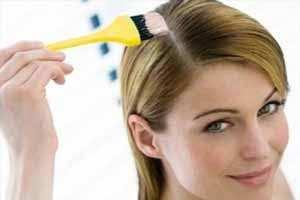 image چکار کنیم موقع رنگ کردن مو پوست سر و صورت رنگی نشود