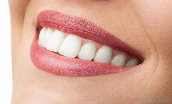 image سفید کردن دندان ها برای سلامتی مضر است یا نیست