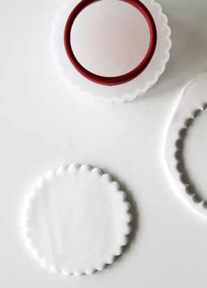 image, آموزش تصویری ساخت ظرف های کوچک تزیینی با خمیر