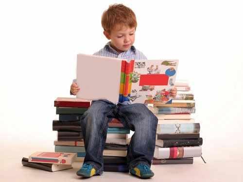 image درس خواندن با صدای بلند باعث یادگیری بهتر می شود یا نه
