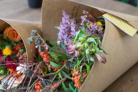 image, آموزش حرفه ای تزیین دسته گل در خانه مثل گل فروش ها