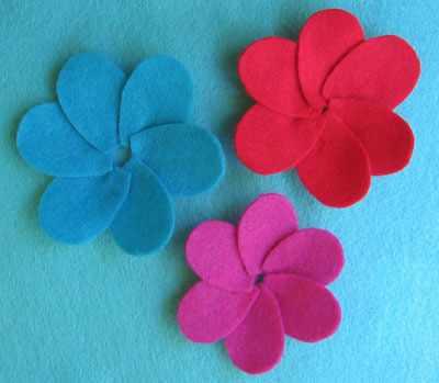 image آموزش ساخت سنجاق سینه زیبای گل با فوتر