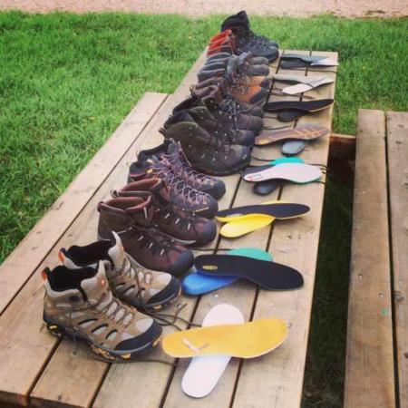 image آیا رنگ کفش برای گرم کردن یا خنک شدن پا مهم است